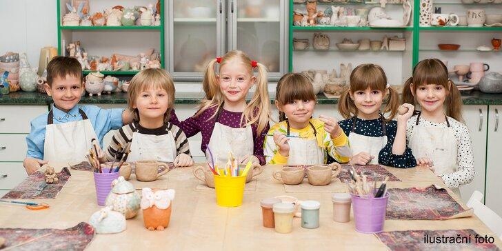 Keramika pro děti i rodiče: přibližně 3 hodiny tvoření a k tomu limonáda