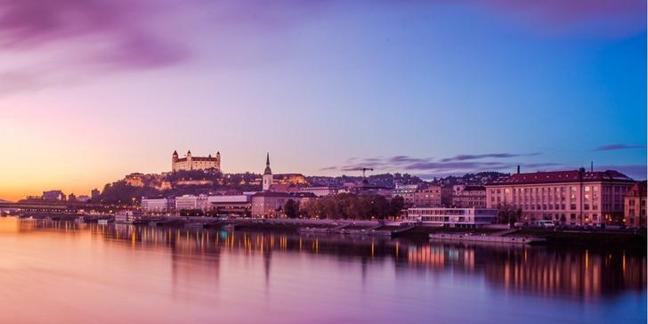 Romantika pro dva v Bratislavě: pobyt se snídaní nebo s večeří i wellness