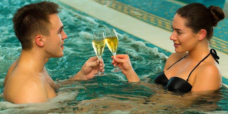 Dvě hodiny v privátním wellness centru a lahev šumivého vína pro dva
