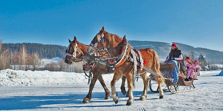 S rodinou do Beskyd: skipasy, relaxace ve vířivce, jízdy na koních a snídaně