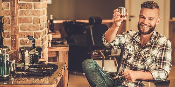 Probuďte v sobě gentlemana: Střih vlasů nebo holení se sklenkou v ruce