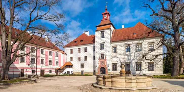 3 dny v historickém srdci Třeboně se snídaní, lázeňským odpočinkem a vínem
