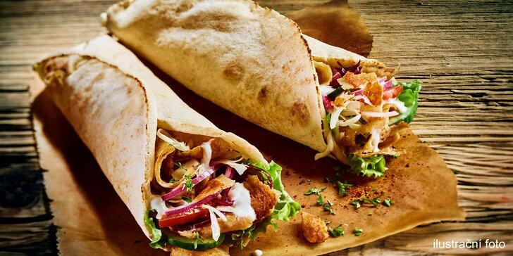 Dobroty s sebou s kuřecím i vege: kebab talíř, döner klasik a falafel dürüm