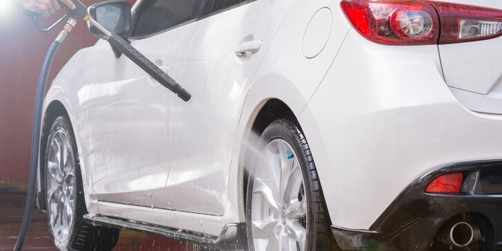 Profesionální péče o váš vůz: přednabitá karta do myčky v hodnotě až 2 000 Kč