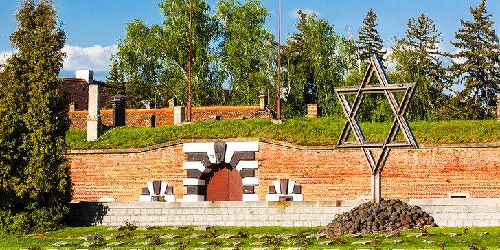 Komentovaná prohlídka Terezína: pevnost, bývalé ghetto i výstava na půdě