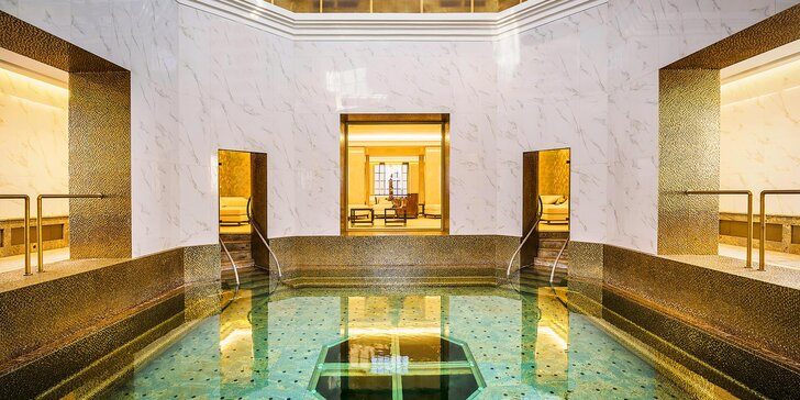Relax v přepychovém léčebném domě Royal Palace***** a koupel ve zlatě