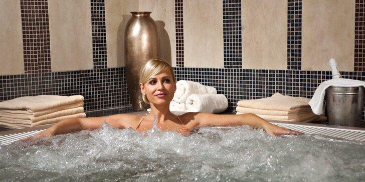 Pobyt ve 4* hotelu ve Zlatých Lázních: aquapark a možnost až 21 procedur