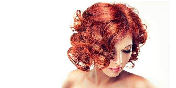 Kompletní dámský střih pro všechny délky vlasů s melírem či barvou