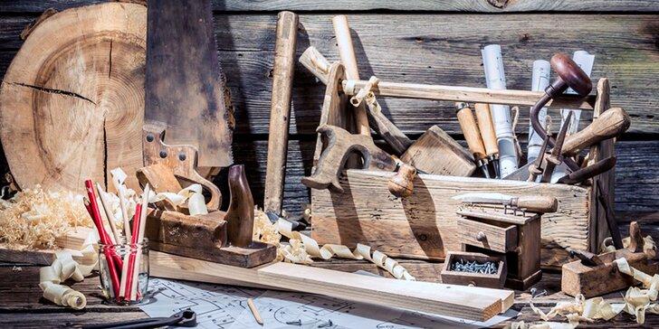 Poznejte kouzlo dřeva: praktický kurz truhlářství v dílně na Vysočině