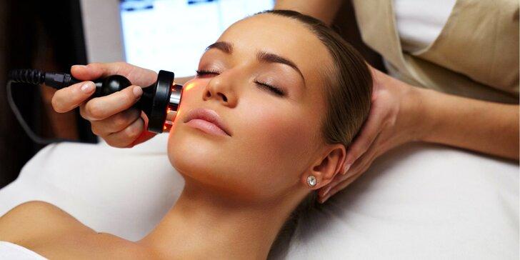 Moderní kosmetické ošetření s využitím přístrojů pro každý typ pleti