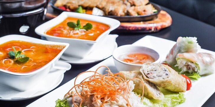 Autentické vietnamské menu o 4 chodech v areálu tržnice na Olomoucké