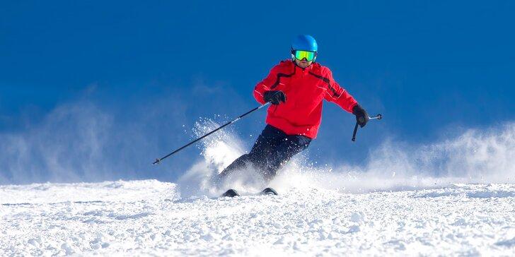 Na lyže s celou rodinou: celodenní permanentky do Skiareálu Vrchlabí–Kebrlák