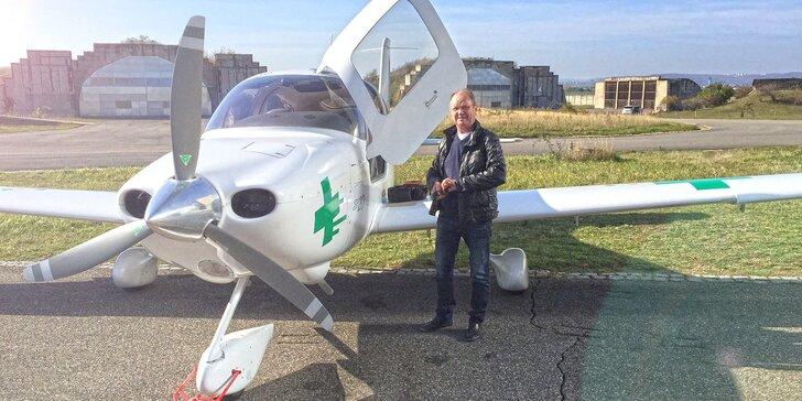 Vyhlídkový let nad Brnem až pro 3 osoby v délce 30 nebo 60 minut