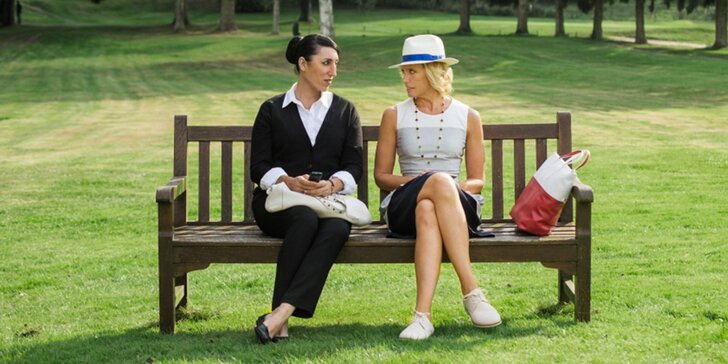 Romantický večer pro 2: vstupenky na francouzskou komedii Madam služebná