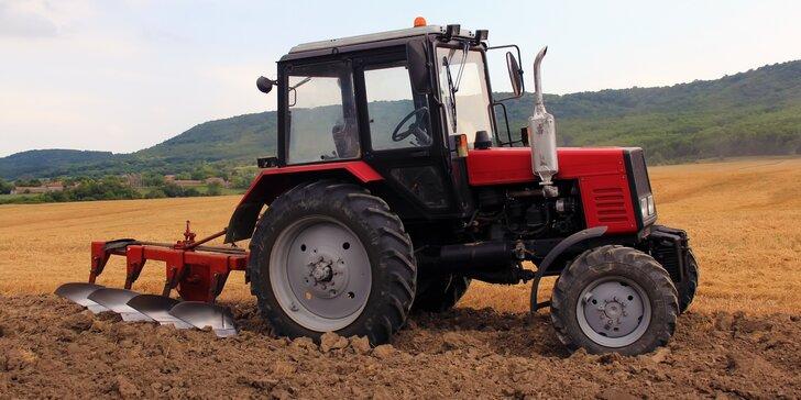 Zemědělství není nuda: Jízda nabušeným traktorem značky Zetor