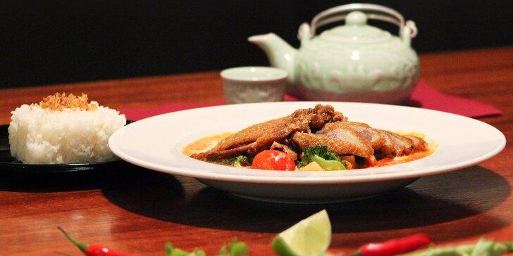 Autentická vietnamská kuchyně: Voňavé kachní menu pro 2 a nápoj dle výběru