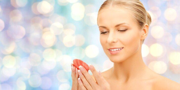 Dvouhodinové rozmazlování: ošetření pleti mořskou kosmetikou a masáž mušlemi