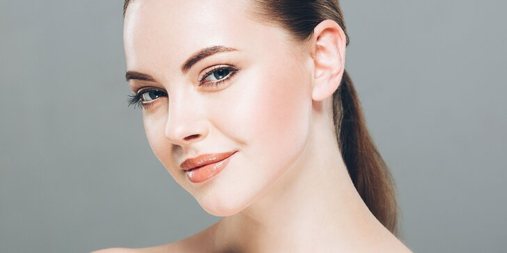 Kosmetické ošetření: Úprava a barvení obočí, peeling, masáž obličeje a krku
