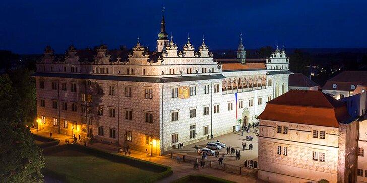 Luxus na zámku: ubytování pro 2 v apartmánech inspirovaných uměním