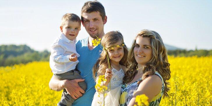 Profesionální focení v přírodě nebo ateliéru pro rodiny, páry i jednotlivce