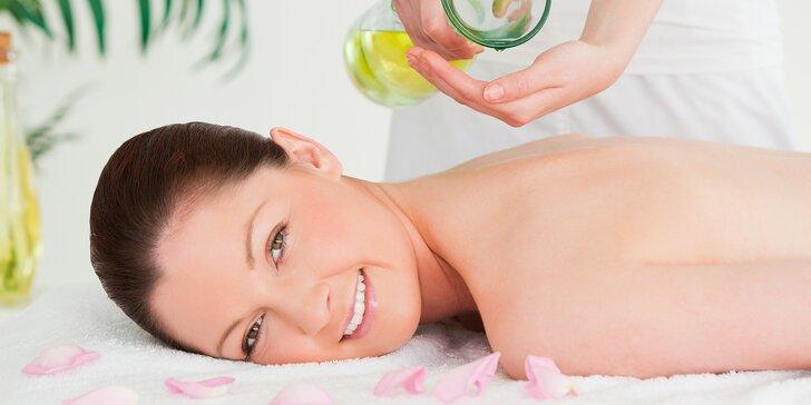 Uvolněte se: 60min. masáž celého těla přírodními za studena lisovanými oleji