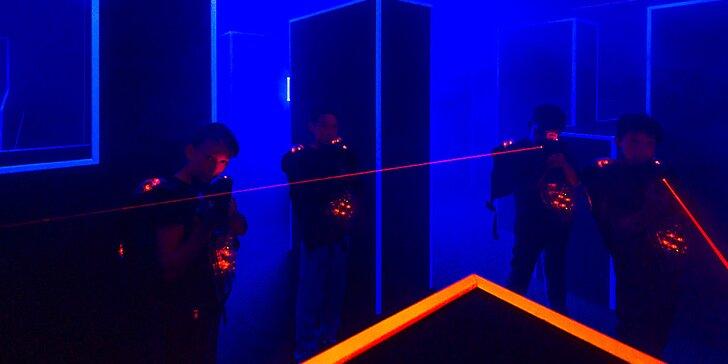 Jde se na věc: 15 minut akční hry laser game v aréně u Bořislavky