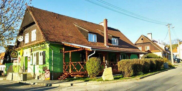 Taje Bílých Karpat: Turistický pobyt na ranči pro 2 s polopenzí a saunou