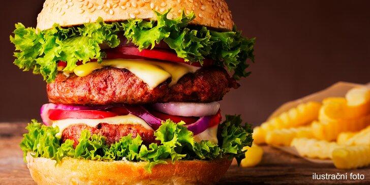 Nadlábněte se: hovězí XXL burger z poctivých surovin a domácí hranolky