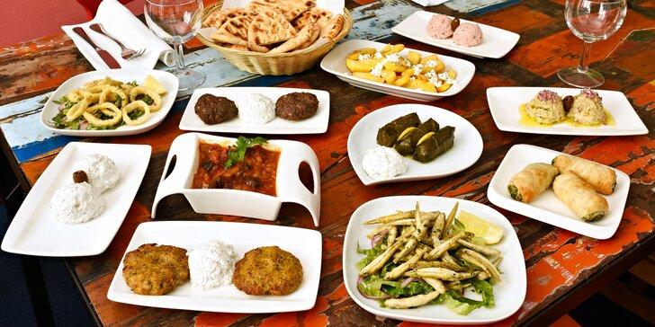 Ochutnejte spolu malá řecká jídla mezze: masa, plody moře, zelenina i kaviár