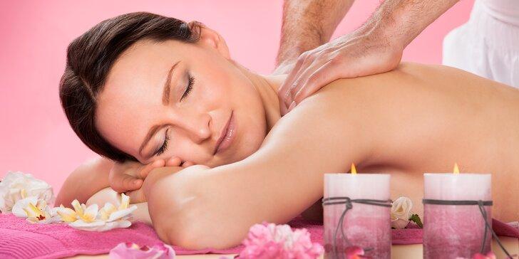 Hodinová masáž dle výběru: klasická, havajská, indická, kokosová či aroma