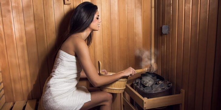 Vypoťte se s přáteli: 90 minut privátní finské nebo parní sauny pro 1-4 os.