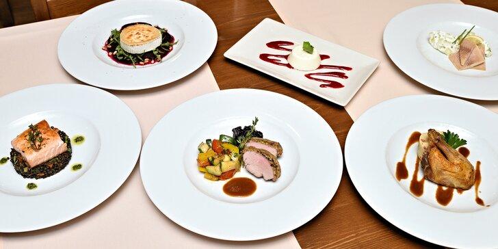 2× 6 chodů jak z pohádky: uzený pstruh, steak z lososa, kuřátko a nejen to