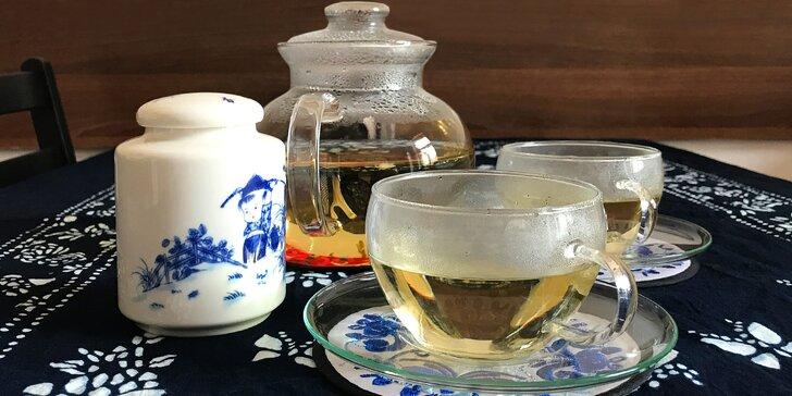 Příjemné posezení pro 2 u litru čaje dle výběru či s kávou a čínské sušenky