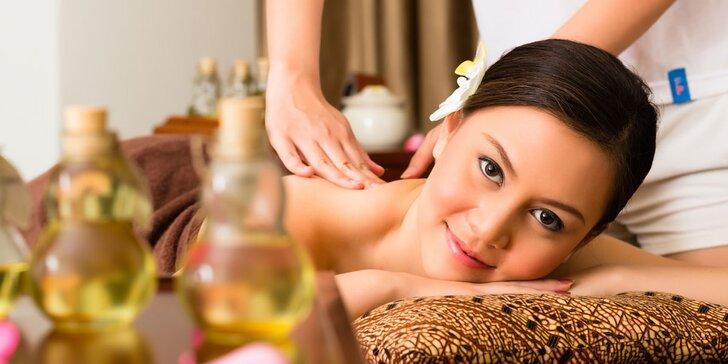 Thajská aromatická masáž horkým olejem s vůní dle výběru