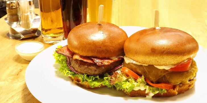 Burgerové menu s hovězím Chuck Roll a příp. degustace tří piv pro 1 či 2 osoby
