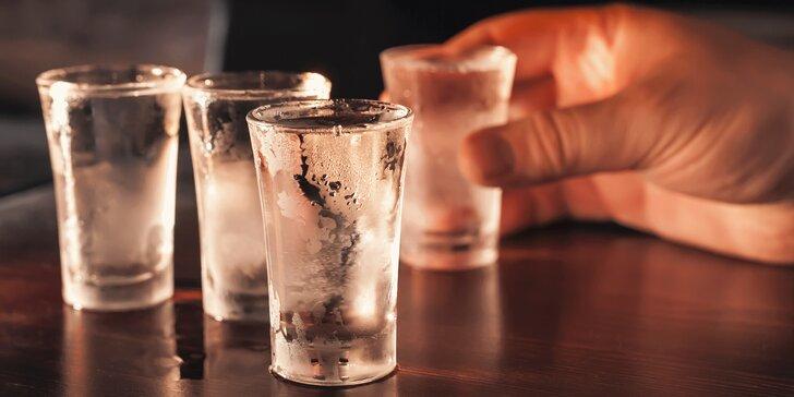 30 min. v baru, kde se platí hlavně za čas, a panák nejčistší polské vodky
