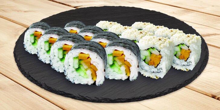 Sushi nadité čerstvostí: 16 nebo 32 kousků plněných křupavou zeleninou
