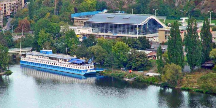 Pohoda na vlnách Vltavy: 2-3 dny se snídaní v botelu Racek v centru Prahy