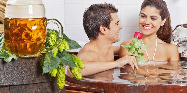 Pořádná romantika: pivní lázeň s možností infrasauny, zábalu a lahve vína