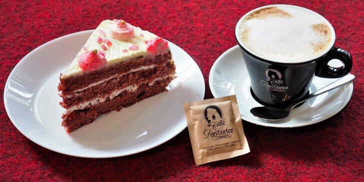 Posezení ve dvou v Gočárově kavárně: 2x káva nebo čaj a zákusek z nabídky