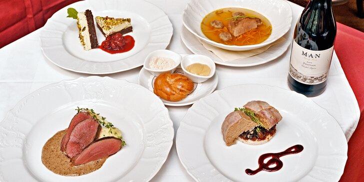 4chodové menu na Malé Straně: tafelspitz, jelení hřbet, příp. i lahev vína pro 2