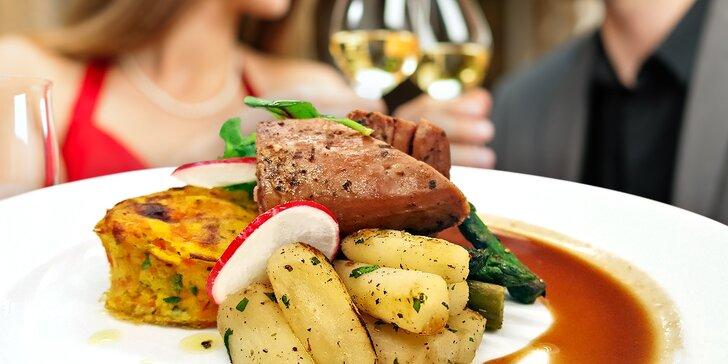 Tříchodové valentýnské menu: panenka nebo pstruh, lívaneček a sklenka vína