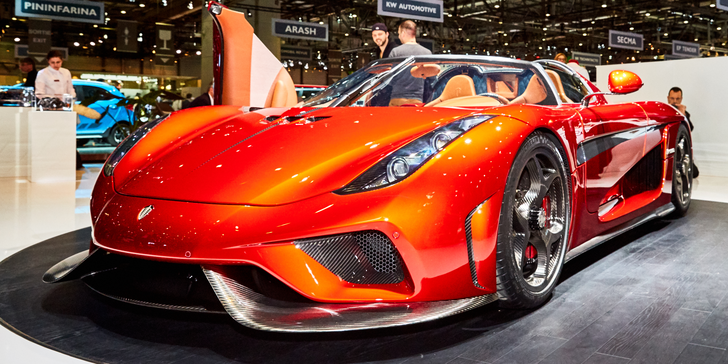 Hit motoristů a příznivců krásných aut: Autosalon v Ženevě včetně vstupenky