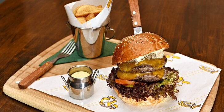 Po procházce Šárkou bodne hamburger: výběr ze 17 druhů u nádrže Džbán