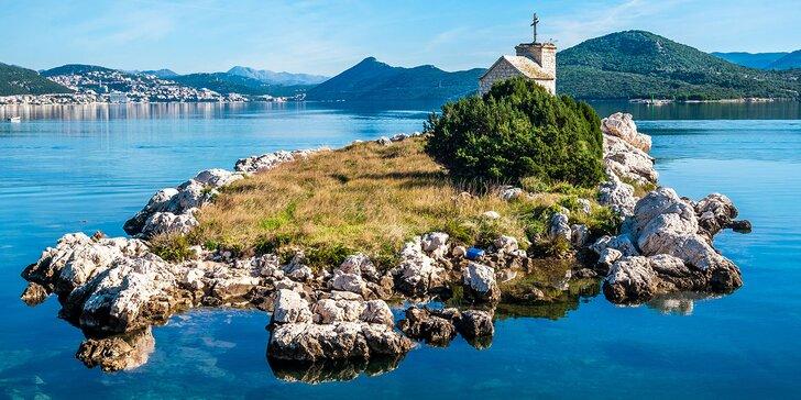 7 nocí v jižní Dalmácii: 3* hotel přímo na pláži, polopenze a dítě do 12 let zdarma