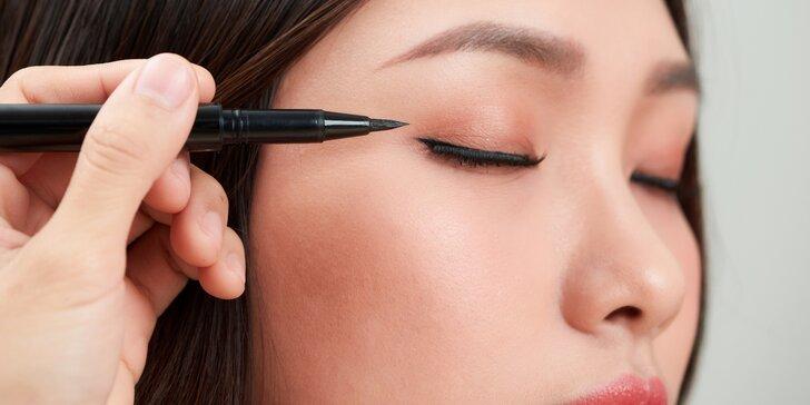 Pudrová mikropigmentace: linka mezi řasami, nebo spodní oční linky