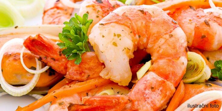 Tradiční řecké menu pro 2: pečená feta, tzatziki, kalamáry, krevety i pita chléb