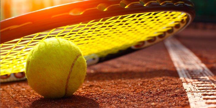 Individuální tenisový trénink s profesionálním trenérem: 1 nebo 5 lekcí