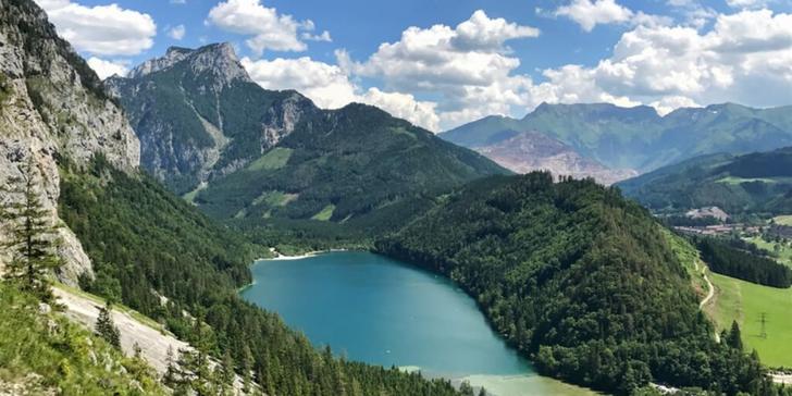 Důl na železnou rudu Erzberg, smaragdové jezero Leopoldsteinersee a Mariazell