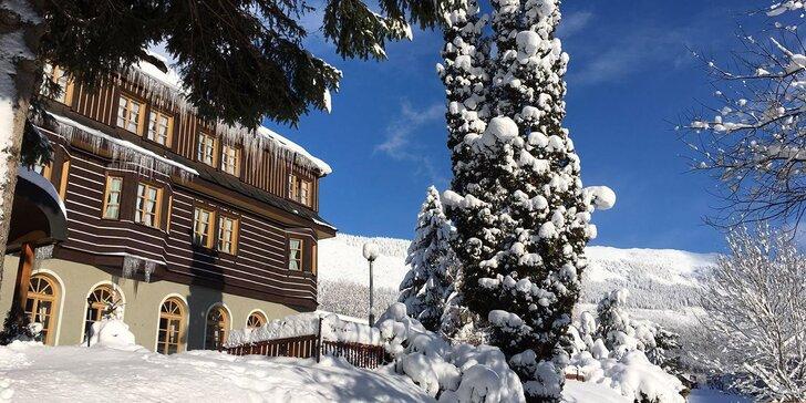 Polopenze a neomezené wellness ve Špindlerově Mlýně v zimě nebo na jaře